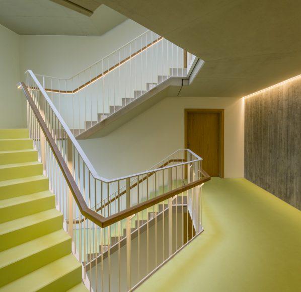 15_Living in the Spinnereipark_Behnisch Architekten_Inspirationist