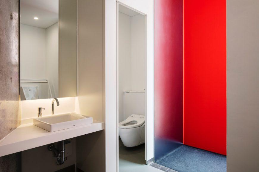 7_Higashi Sanchome Toilet_Nao Tamura_Inspirationist