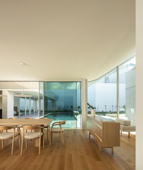 12_House-of-the-Nuns_Mario-Martins-Atelier_Inspirationist