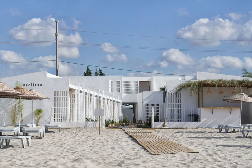 15_Meltem-Beach-Rooms-_TheCATWORK_Inspirationist