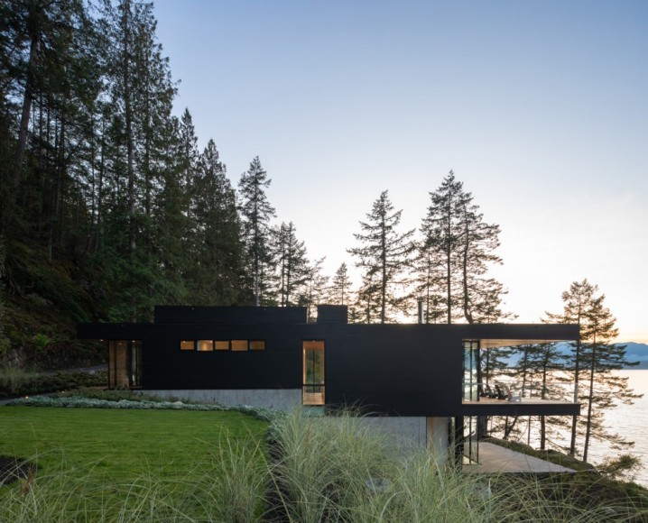 2_Bowen-Island-House_Office-Of-Mcfarlane-Biggar-ArchitectsDesigners-Inc._Inspirationist