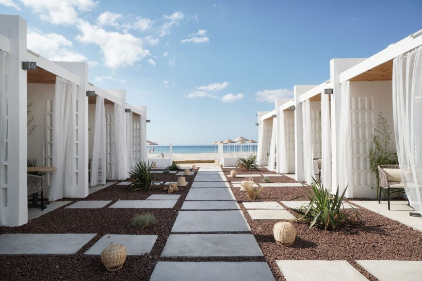 4_Meltem-Beach-Rooms-_TheCATWORK_Inspirationist