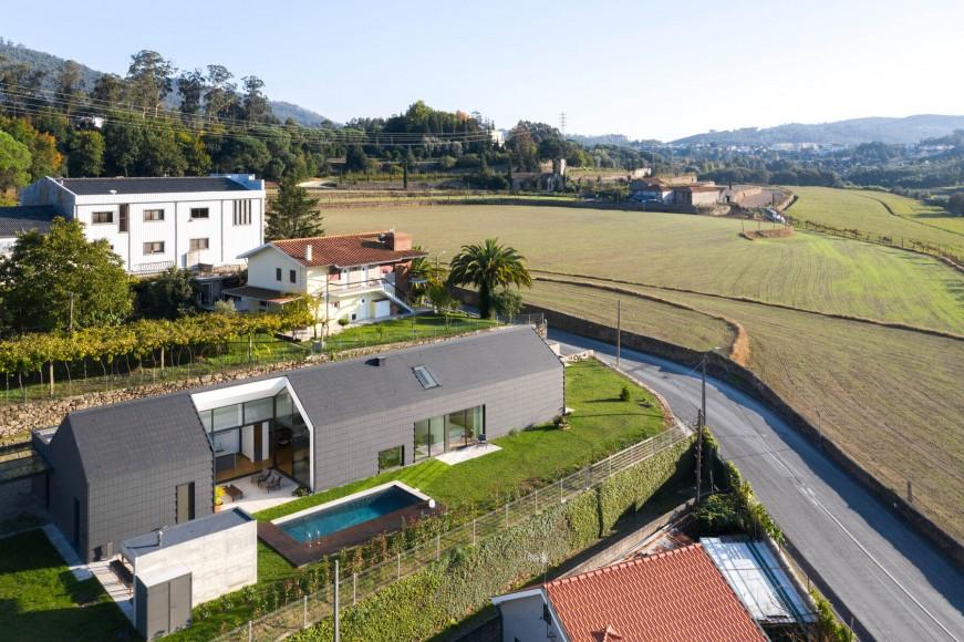 14_Santo-Tirso-House_Hous3_Inspirationist