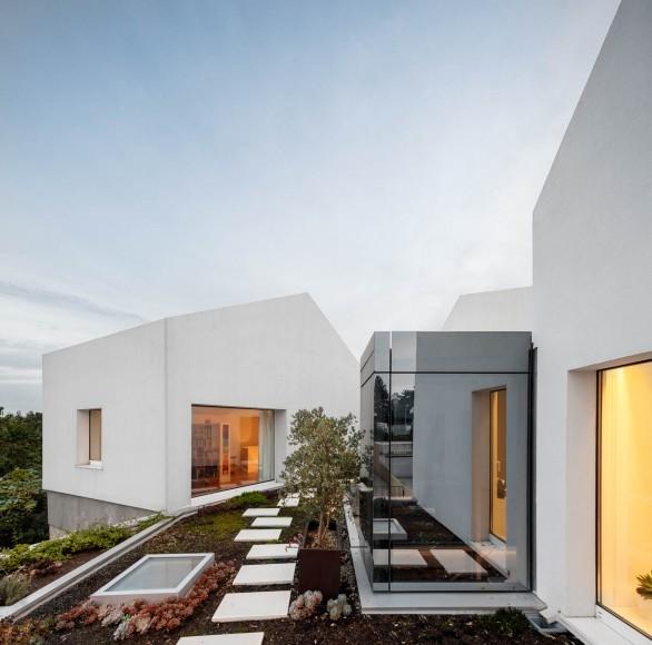 17_Casa-Rio_Paulo-Merlini-Architects_Inspirationist