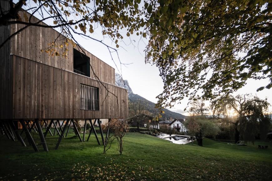 17_Hotel-Floris_noa-network-of-architectur_Inspirationist
