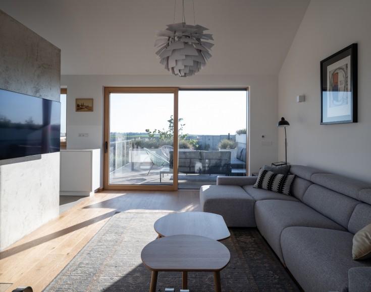 14_Family-House-with-Atrium_SENAA_Inspirationist
