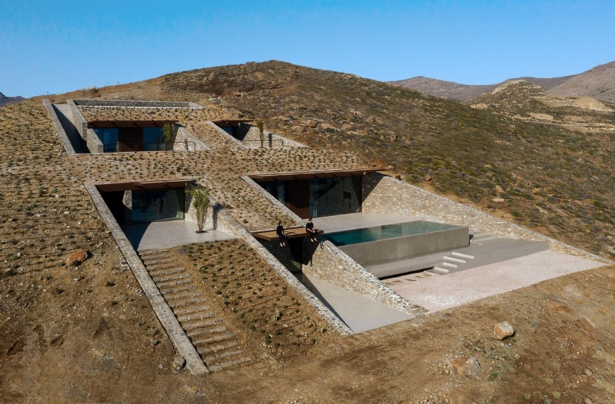 1_Ncaved-House_MOLD-Architects_Inspirationist