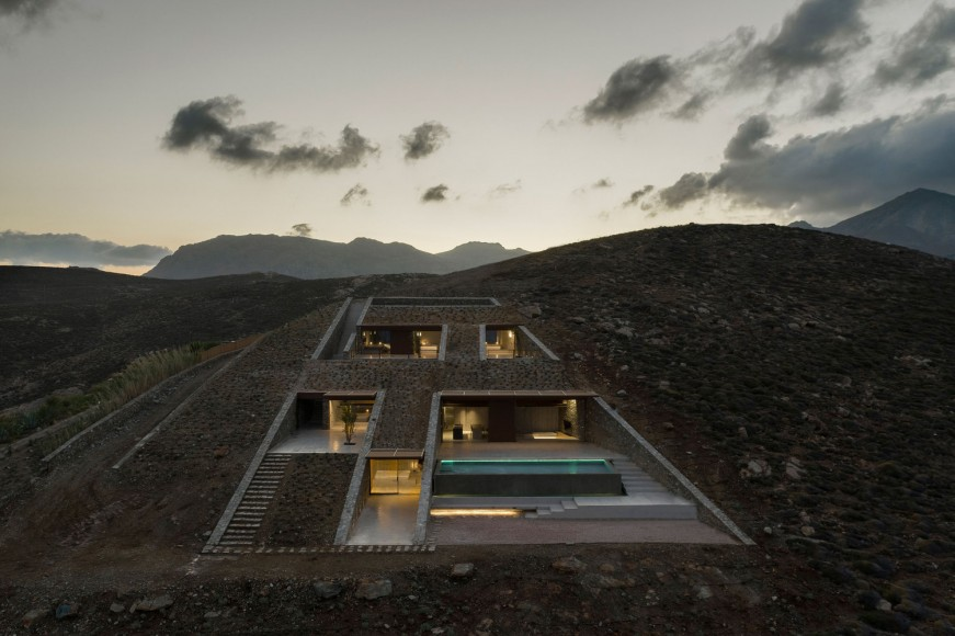 8_Ncaved-House_MOLD-Architects_Inspirationist