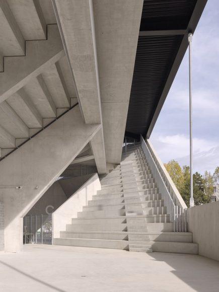 10_Lausanne-Football-Stadium_mlzd-and-Sollberger-Bogli-Architekten_Inspirationist