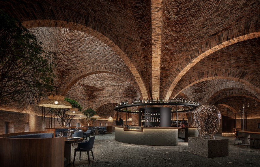 3_50-Cloud-Artists-Lounge-Restaurant_CCD_Inspirationist