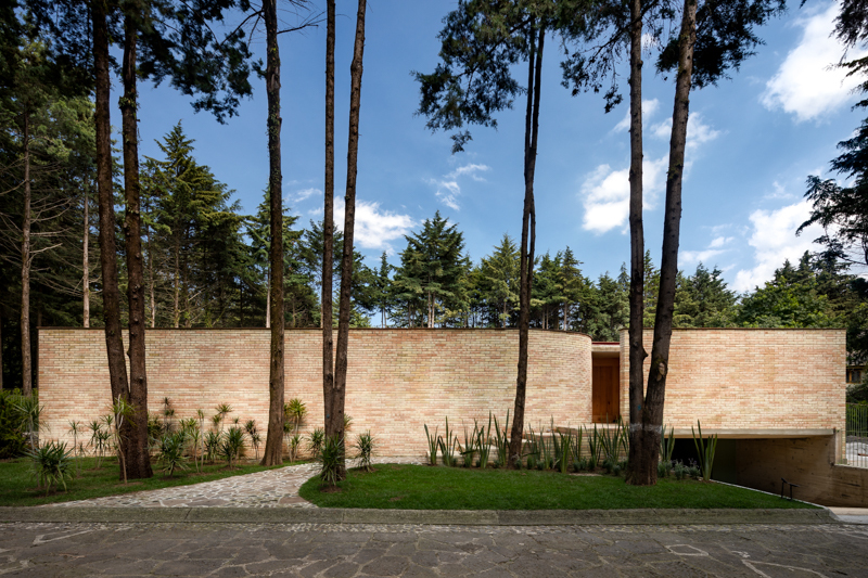 1_Forest-House_LANZA-Atelier_Inspirationist