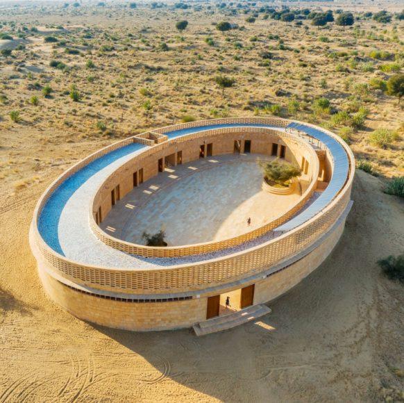 1_The-Rajkumari-Ratnavati-Girls-School_Diana-Kellogg-Architects_Inspirationist