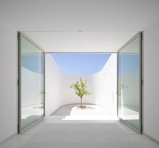 4_KHI-House-Art-Space_LASSA-architects_Inspirationist