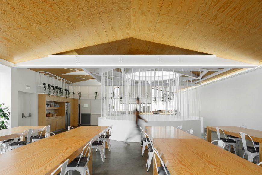 Escritorios E-Goi em Matosinhos do Atelier de Arquitectura Paulo