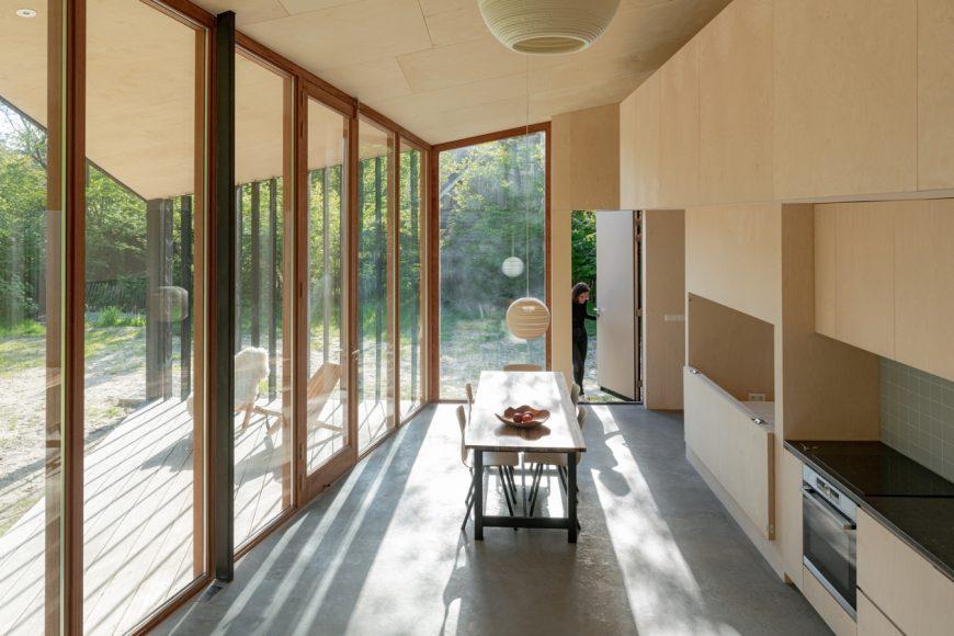 3_Holiday-Home_Orange-Architects_Inspirationist