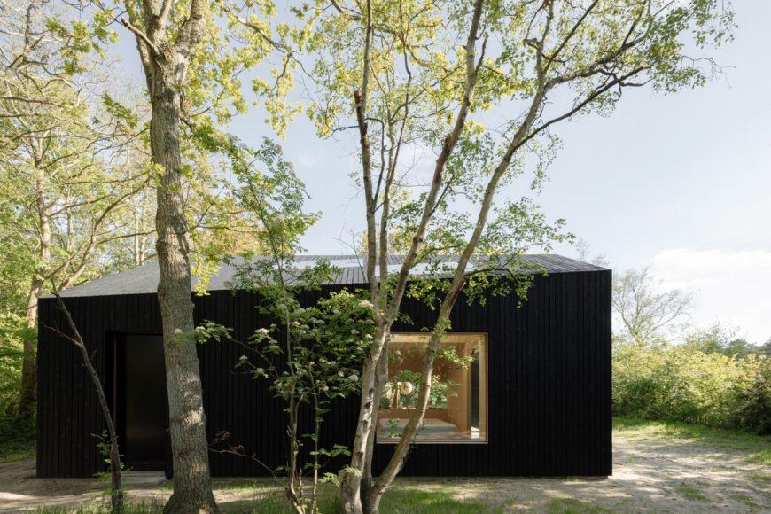 8_Holiday-Home_Orange-Architects_Inspirationist